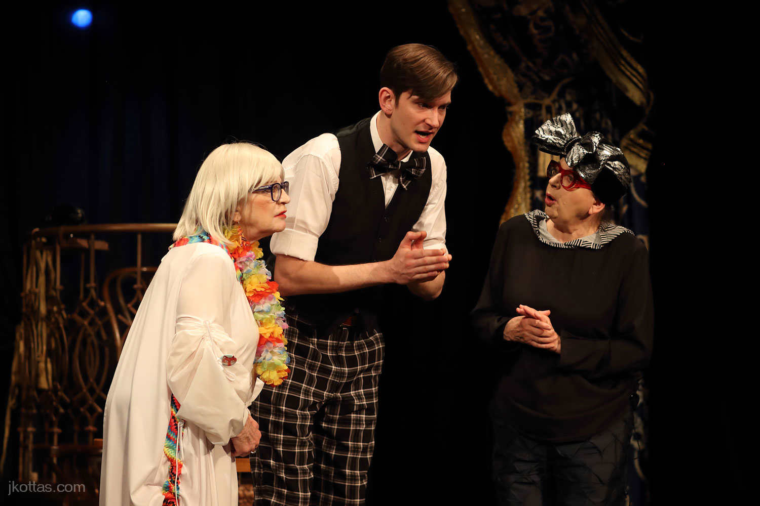 arsenic-and-old-lace-10