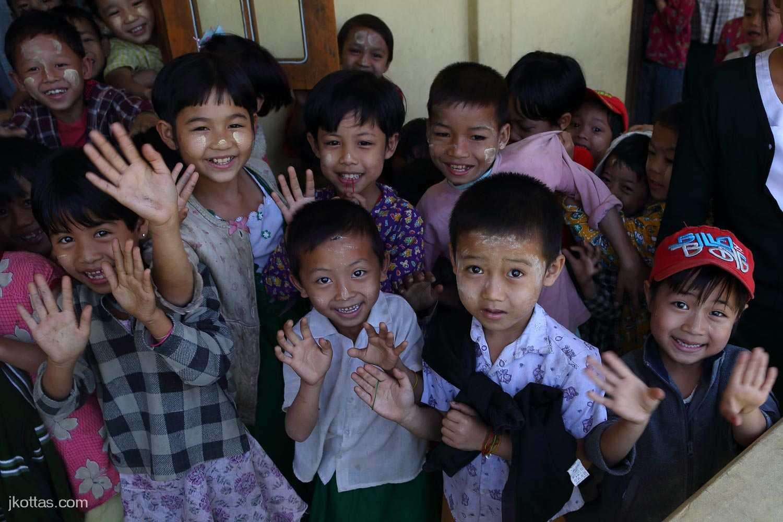 burmese-village-32