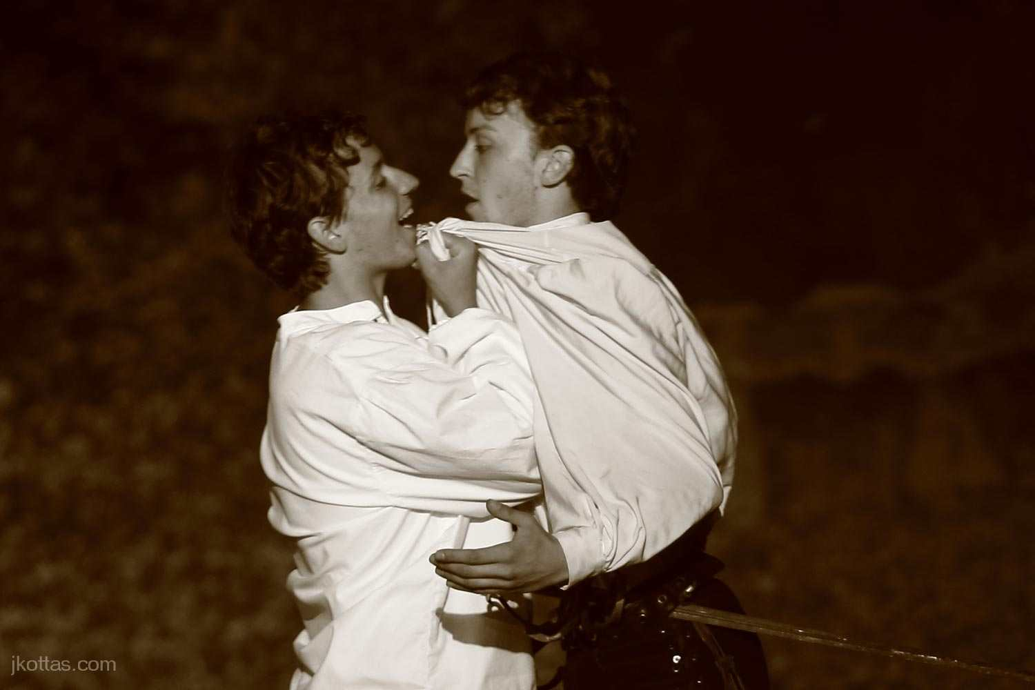 romeo-and-juliet-open-air-02